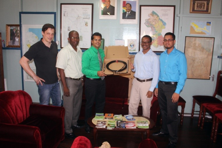 REETA's Representative Mr. Ken Aldonza (2nd from right) handing over the equipment to GEA's CEO Dr. Mahender Sharma. Standing at extreme left is Mr. Tobias Dertman.